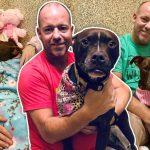 เมื่อชายใจดีรู้ว่าสุนัขอยู่ในศูนย์ 400 วันแล้ว เขาจึงย้ายเข้าไปอยู่กับมันในกรง จนมันถูกรับเลี้ยง