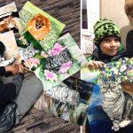 หนุ่มน้อยวัย 9 ขวบ ใช้ความสามารถในการวาดรูป เพื่อแลกกับอาหารให้สุนัขจรจัด
